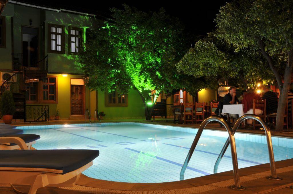 هتل سه ستاره ی اسکار در آنتالیا