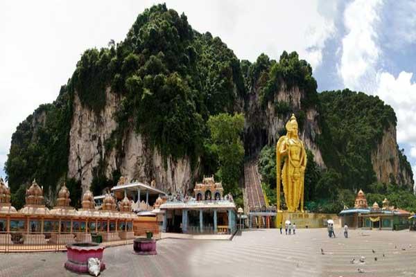 غار میمون های مالزی شگفت انگیز ترین غار در مالزی